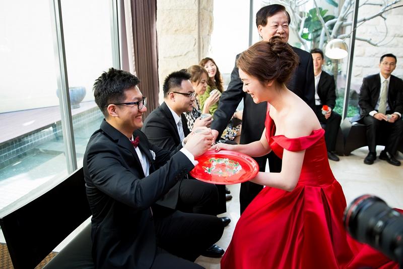 高雄婚攝克里@高雄流水席 映雲&智鴻 婚禮紀錄 饅頭爸團隊092.jpg