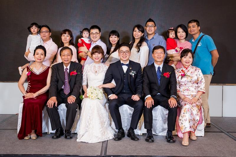 高雄婚攝克里高雄THE林皇宮The Lin Kaohsiung 采霈&涂然 婚禮紀錄 饅頭爸團隊356.jpg