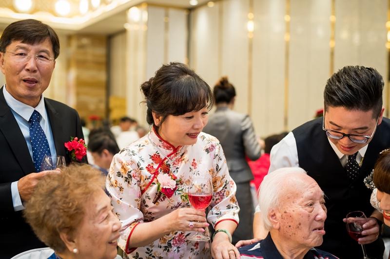 高雄婚攝克里高雄THE林皇宮The Lin Kaohsiung 采霈&涂然 婚禮紀錄 饅頭爸團隊566.jpg