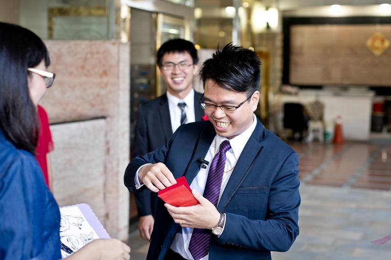 高雄婚攝克里@高雄漢來大飯店 儼修&凱葳 婚禮紀錄 饅頭爸團隊150.jpg