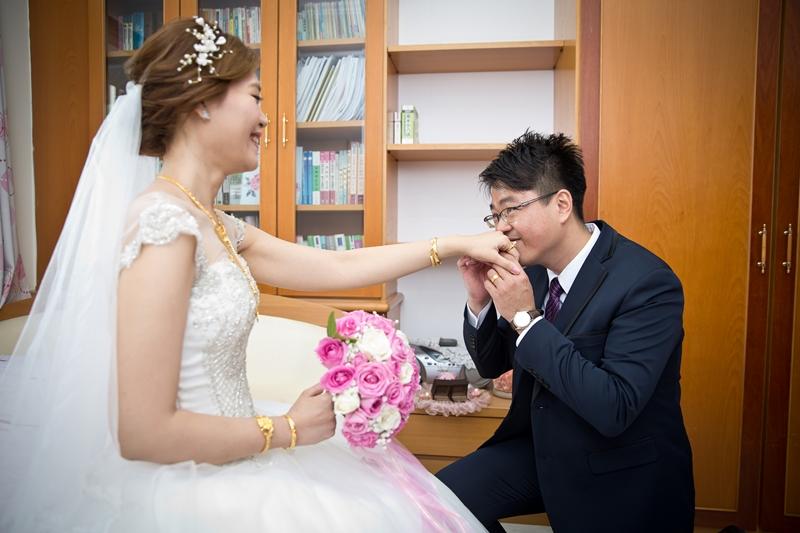 高雄婚攝克里@高雄漢來大飯店 儼修&凱葳 婚禮紀錄 饅頭爸團隊205.jpg