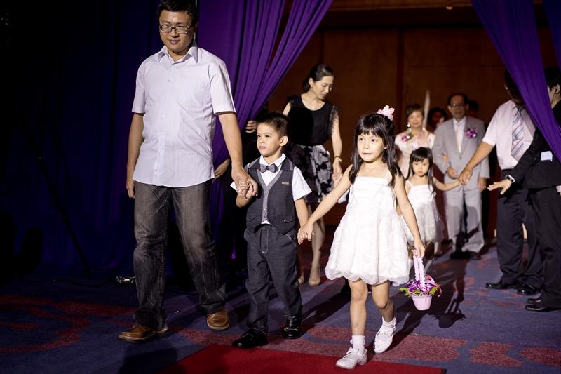 高雄婚攝克里@高雄漢來大飯店 儼修&凱葳 婚禮紀錄 饅頭爸團隊375.jpg