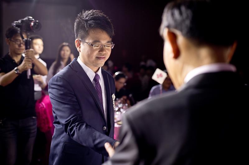 高雄婚攝克里@高雄漢來大飯店 儼修&凱葳 婚禮紀錄 饅頭爸團隊402.jpg