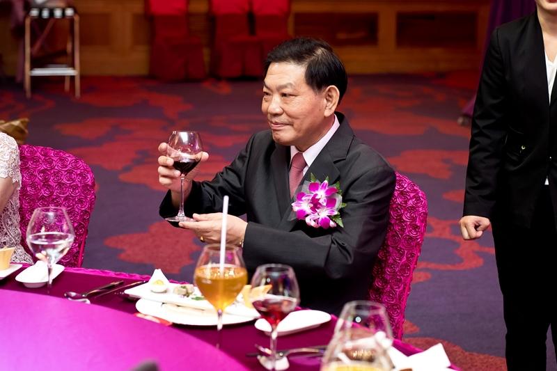 高雄婚攝克里@高雄漢來大飯店 儼修&凱葳 婚禮紀錄 饅頭爸團隊417.jpg