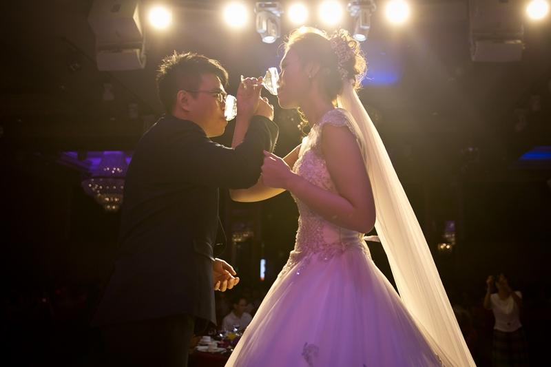 高雄婚攝克里@高雄漢來大飯店 儼修&凱葳 婚禮紀錄 饅頭爸團隊444.jpg