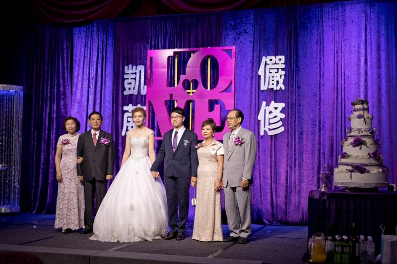 高雄婚攝克里@高雄漢來大飯店 儼修&凱葳 婚禮紀錄 饅頭爸團隊445.jpg