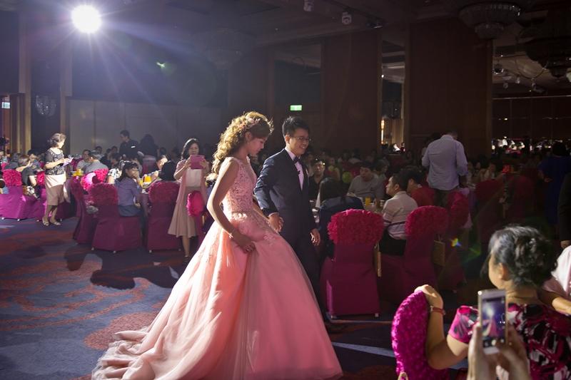高雄婚攝克里@高雄漢來大飯店 儼修&凱葳 婚禮紀錄 饅頭爸團隊477.jpg