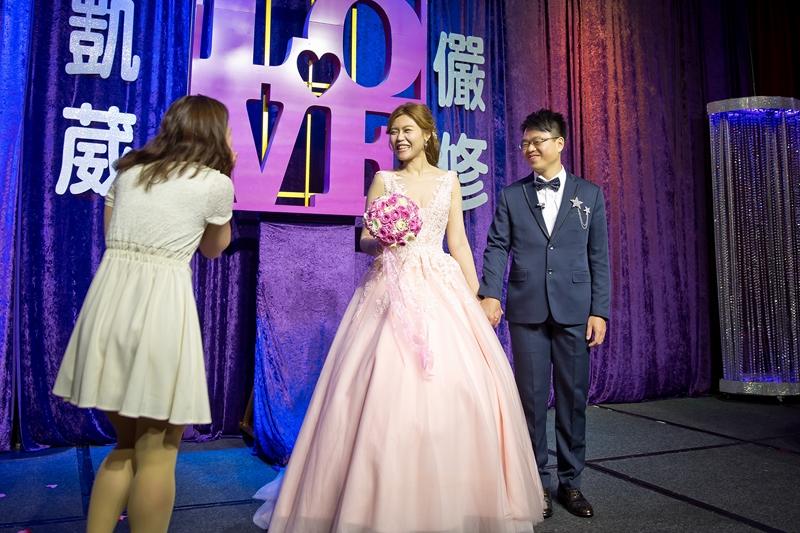 高雄婚攝克里@高雄漢來大飯店 儼修&凱葳 婚禮紀錄 饅頭爸團隊479.jpg