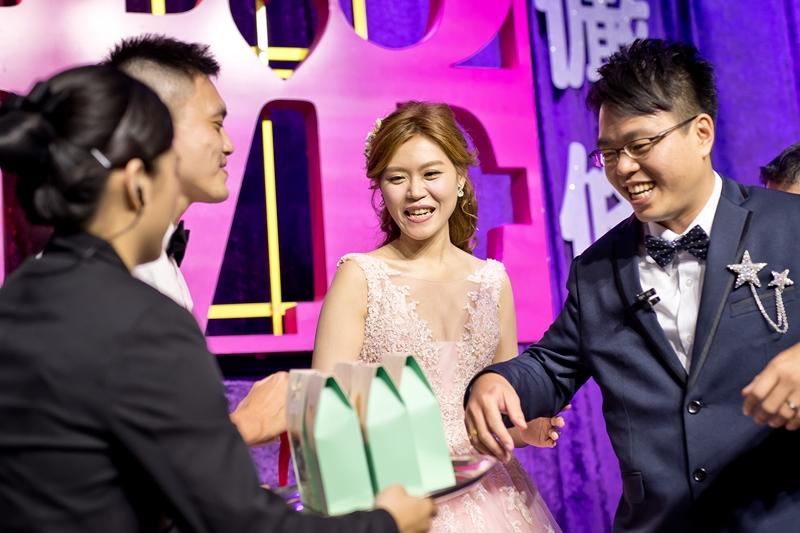高雄婚攝克里@高雄漢來大飯店 儼修&凱葳 婚禮紀錄 饅頭爸團隊504.jpg