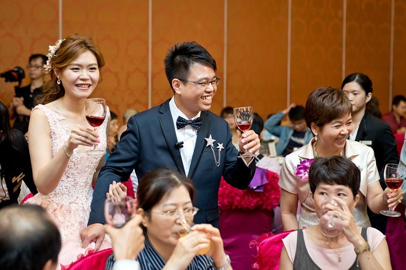 高雄婚攝克里@高雄漢來大飯店 儼修&凱葳 婚禮紀錄 饅頭爸團隊526.jpg