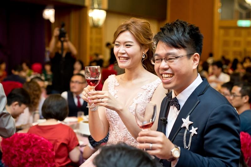 高雄婚攝克里@高雄漢來大飯店 儼修&凱葳 婚禮紀錄 饅頭爸團隊536.jpg