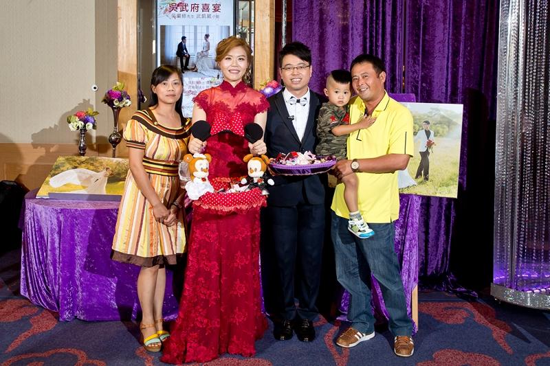 高雄婚攝克里@高雄漢來大飯店 儼修&凱葳 婚禮紀錄 饅頭爸團隊695.jpg