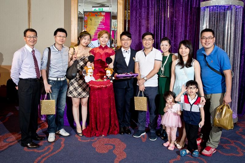 高雄婚攝克里@高雄漢來大飯店 儼修&凱葳 婚禮紀錄 饅頭爸團隊720.jpg