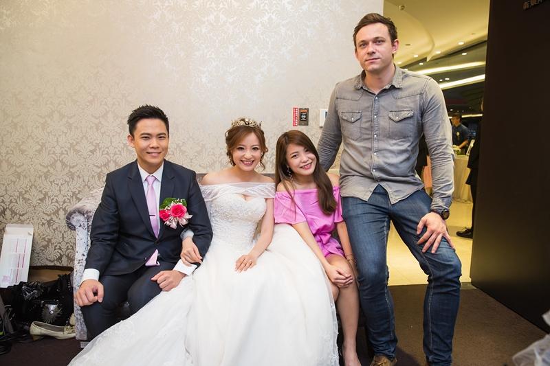 高雄婚攝克里@高雄雅悅會館 靜穎&偉誠 婚禮紀錄 饅頭爸團隊142.jpg