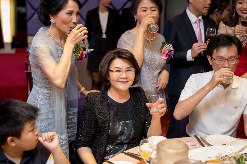 高雄婚攝克里@高雄雅悅會館 靜穎&偉誠 婚禮紀錄 饅頭爸團隊528.jpg