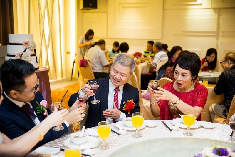高雄婚攝克里@華園大飯店 昭政&珮淇 婚禮紀錄 饅頭爸團隊270.jpg
