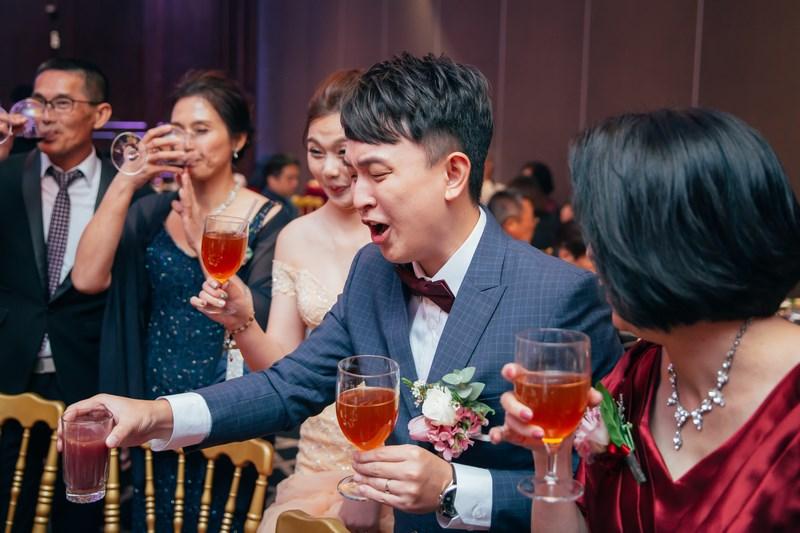 高雄婚攝克里@老新台菜 慶蘋&聖珉 婚禮紀錄 饅頭爸團隊884.jpg