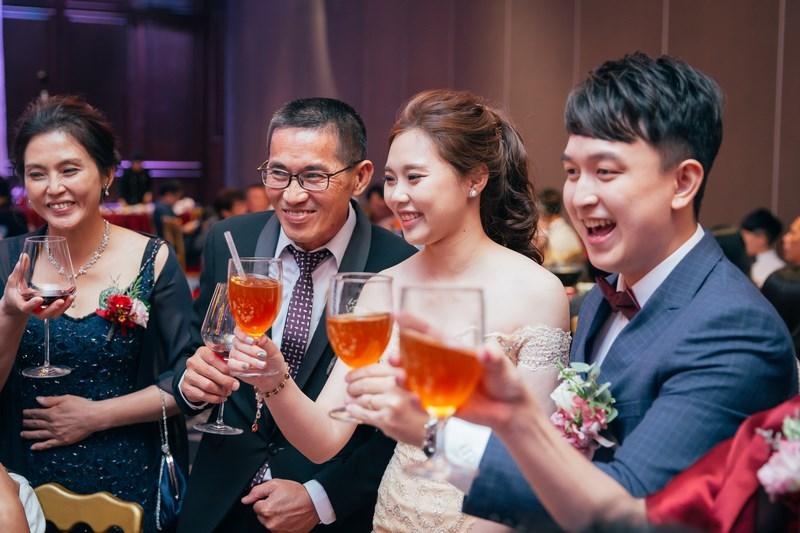 高雄婚攝克里@老新台菜 慶蘋&聖珉 婚禮紀錄 饅頭爸團隊900.jpg
