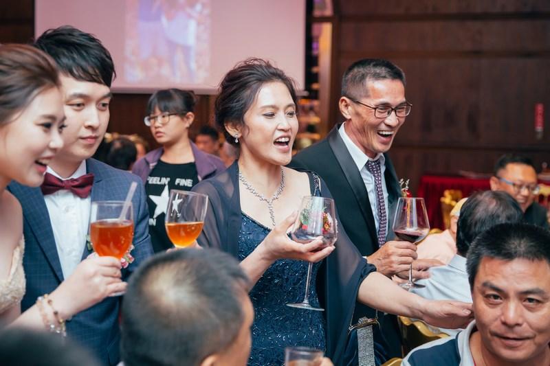 高雄婚攝克里@老新台菜 慶蘋&聖珉 婚禮紀錄 饅頭爸團隊938.jpg