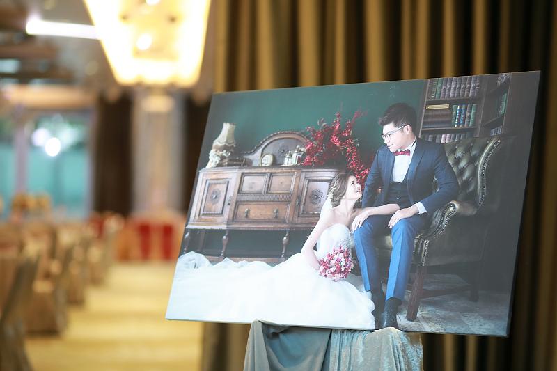 台北婚攝小游@晶宴民生館 讓與涵 婚宴紀錄 饅頭爸團隊1028_Blog_001.jpg