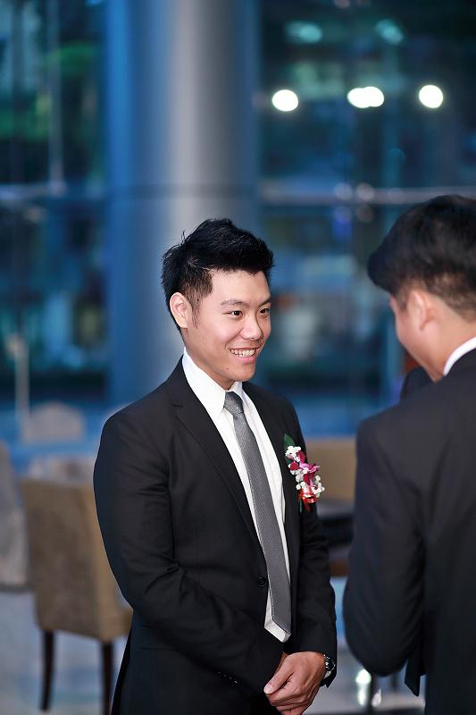 台北婚攝小游@晶宴民生館 讓與涵 婚宴紀錄 饅頭爸團隊1028_Blog_013.jpg