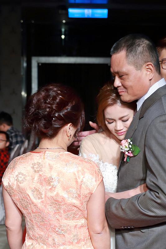 台北婚攝小游@晶宴民生館 讓與涵 婚宴紀錄 饅頭爸團隊1028_Blog_062.jpg