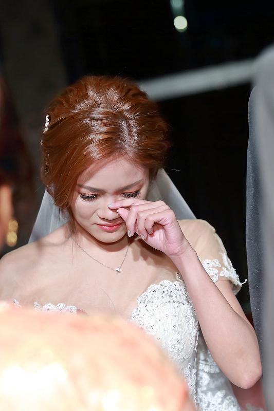 台北婚攝小游@晶宴民生館 讓與涵 婚宴紀錄 饅頭爸團隊1028_Blog_063.jpg