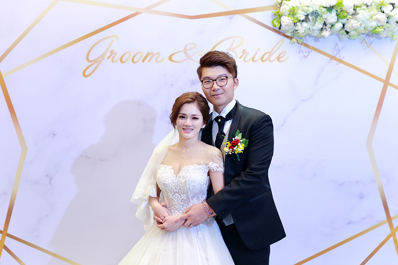 台北婚攝小游@晶宴民生館 讓與涵 婚宴紀錄 饅頭爸團隊1028_Blog_081.jpg