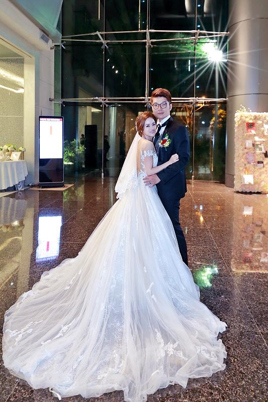 台北婚攝小游@晶宴民生館 讓與涵 婚宴紀錄 饅頭爸團隊1028_Blog_082.jpg