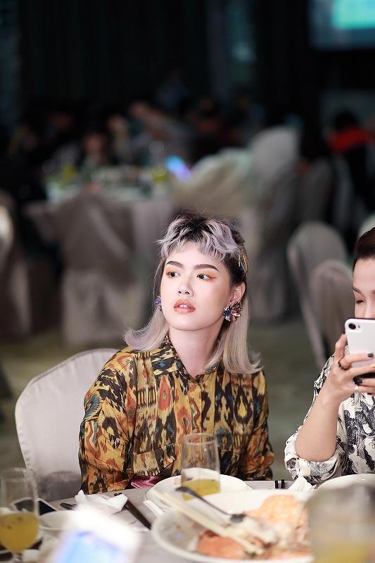 台北婚攝小游@晶宴民生館 讓與涵 婚宴紀錄 饅頭爸團隊1028_Blog_098.jpg