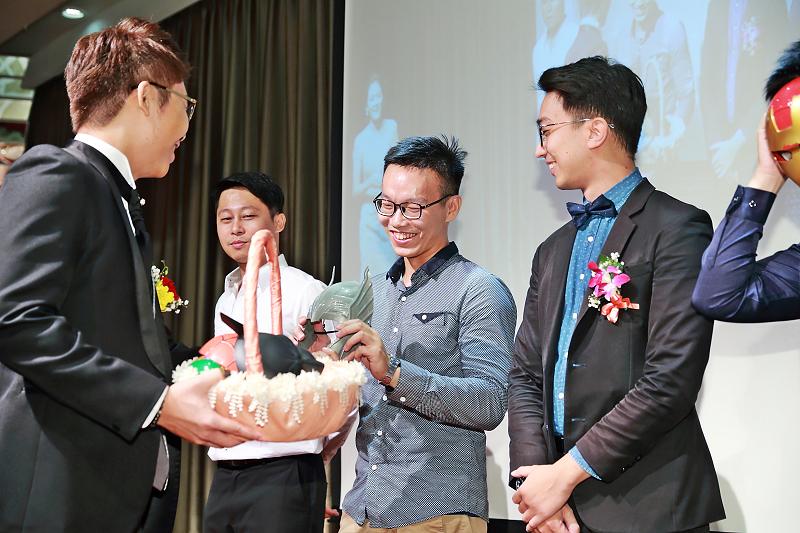 台北婚攝小游@晶宴民生館 讓與涵 婚宴紀錄 饅頭爸團隊1028_Blog_110.jpg