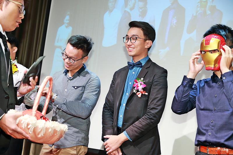 台北婚攝小游@晶宴民生館 讓與涵 婚宴紀錄 饅頭爸團隊1028_Blog_111.jpg