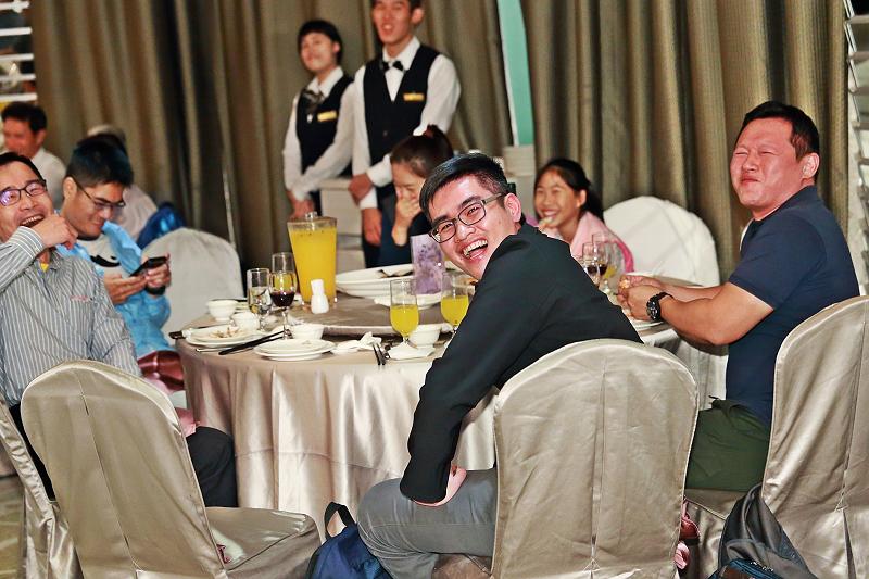 台北婚攝小游@晶宴民生館 讓與涵 婚宴紀錄 饅頭爸團隊1028_Blog_124.jpg