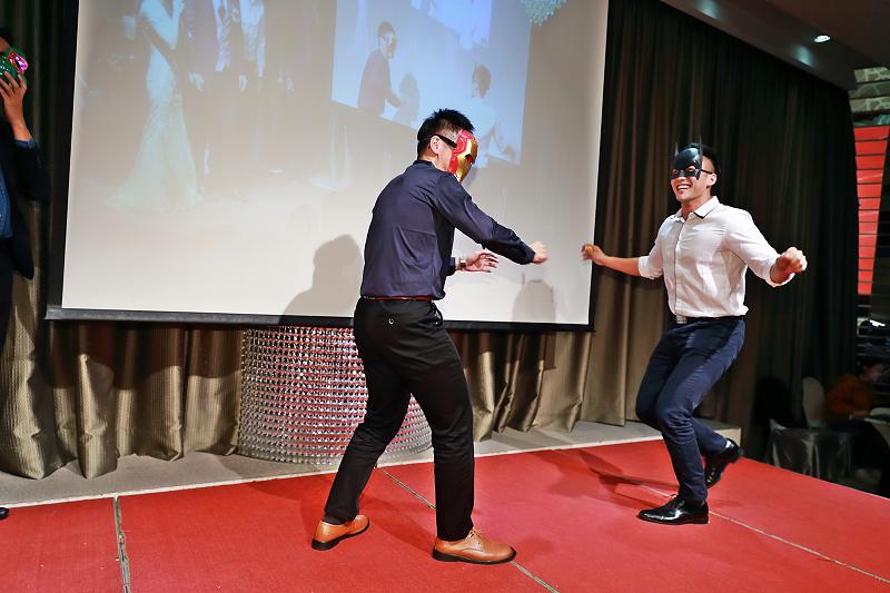 台北婚攝小游@晶宴民生館 讓與涵 婚宴紀錄 饅頭爸團隊1028_Blog_126.jpg
