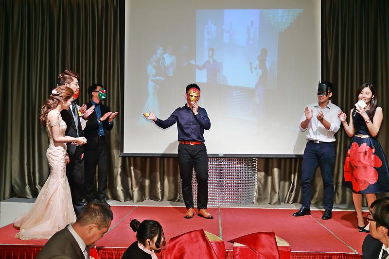 台北婚攝小游@晶宴民生館 讓與涵 婚宴紀錄 饅頭爸團隊1028_Blog_128.jpg