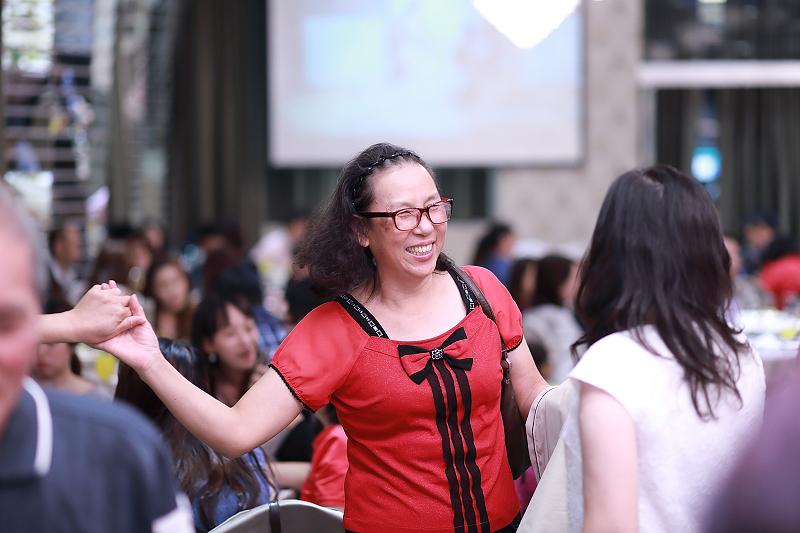 台北婚攝小游@晶宴民生館 讓與涵 婚宴紀錄 饅頭爸團隊1028_Blog_133.jpg