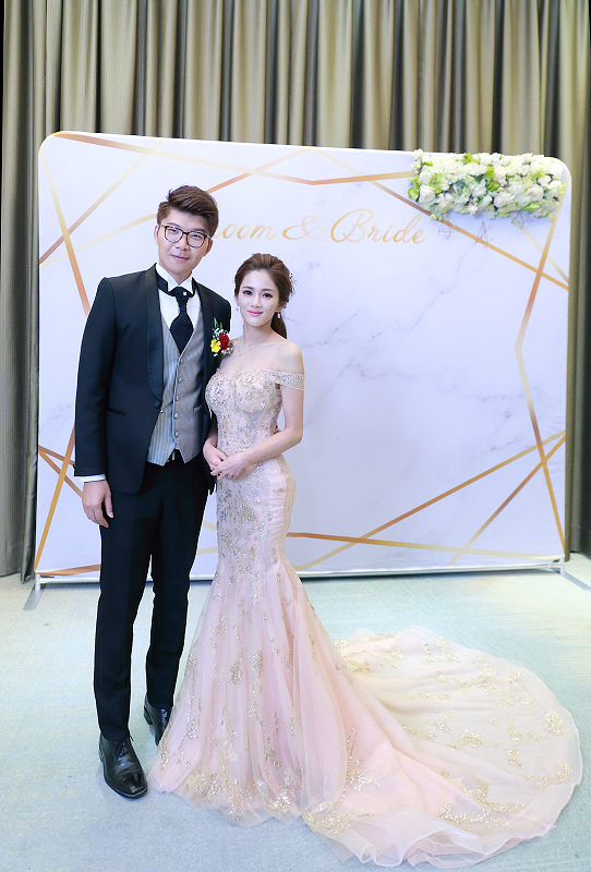 台北婚攝小游@晶宴民生館 讓與涵 婚宴紀錄 饅頭爸團隊1028_Blog_139.jpg