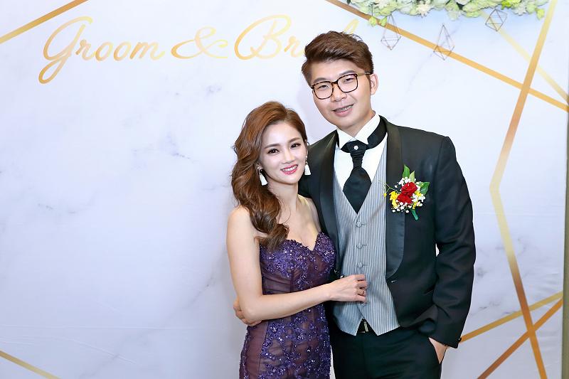 台北婚攝小游@晶宴民生館 讓與涵 婚宴紀錄 饅頭爸團隊1028_Blog_140.jpg
