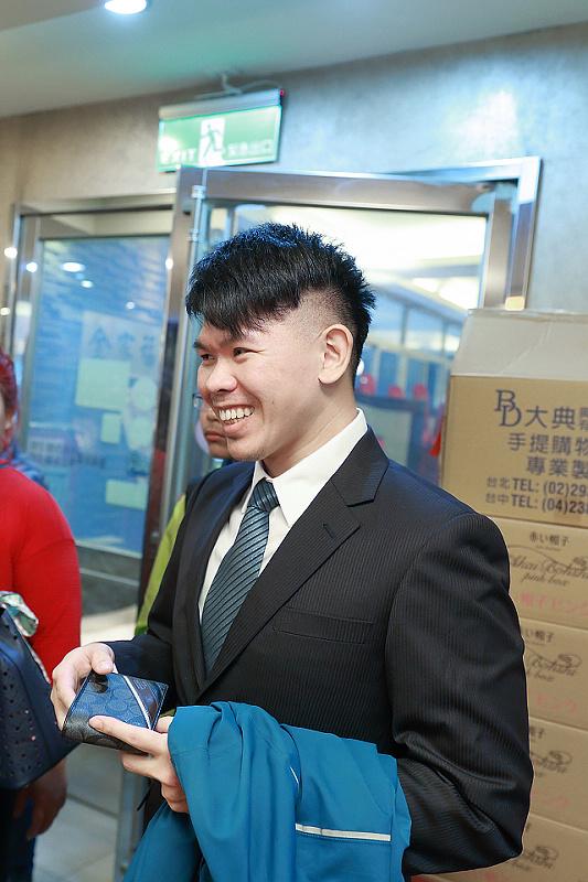 台北婚攝小游@全家福 創與玉文訂婚宴紀錄 饅頭爸團隊0127_Blog_011.JPG