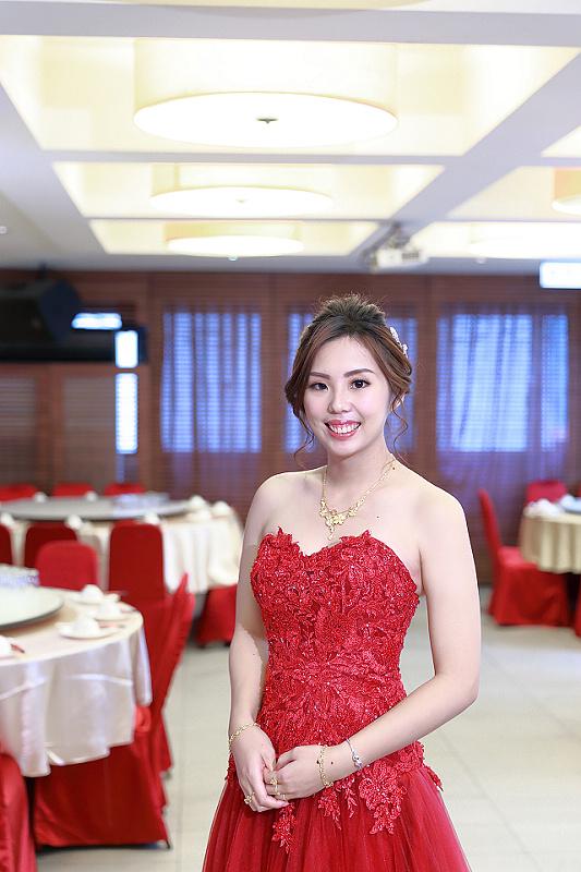 台北婚攝小游@全家福 創與玉文訂婚宴紀錄 饅頭爸團隊0127_Blog_060.JPG