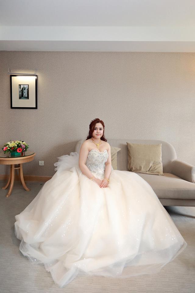 台北婚攝小游@新莊新莊翰品 恩與倫訂結婚宴紀錄 饅頭爸團隊0323_Blog_0076.jpg