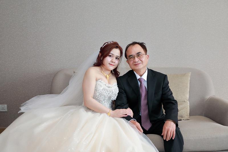 台北婚攝小游@新莊新莊翰品 恩與倫訂結婚宴紀錄 饅頭爸團隊0323_Blog_0081.jpg