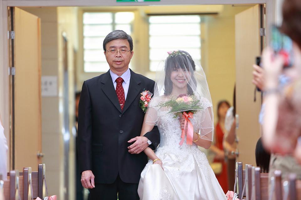 台北婚攝小游@和平教會與水源會館 勇與婷教堂婚禮紀錄 饅頭爸團隊0525_Blog_027.jpg