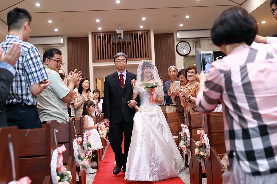台北婚攝小游@和平教會與水源會館 勇與婷教堂婚禮紀錄 饅頭爸團隊0525_Blog_028.jpg