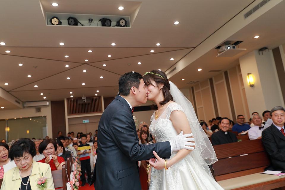 台北婚攝小游@和平教會與水源會館 勇與婷教堂婚禮紀錄 饅頭爸團隊0525_Blog_071.jpg