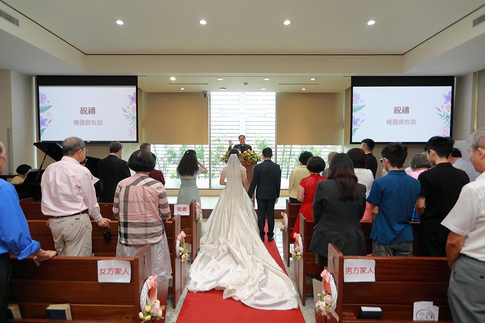 台北婚攝小游@和平教會與水源會館 勇與婷教堂婚禮紀錄 饅頭爸團隊0525_Blog_079.jpg
