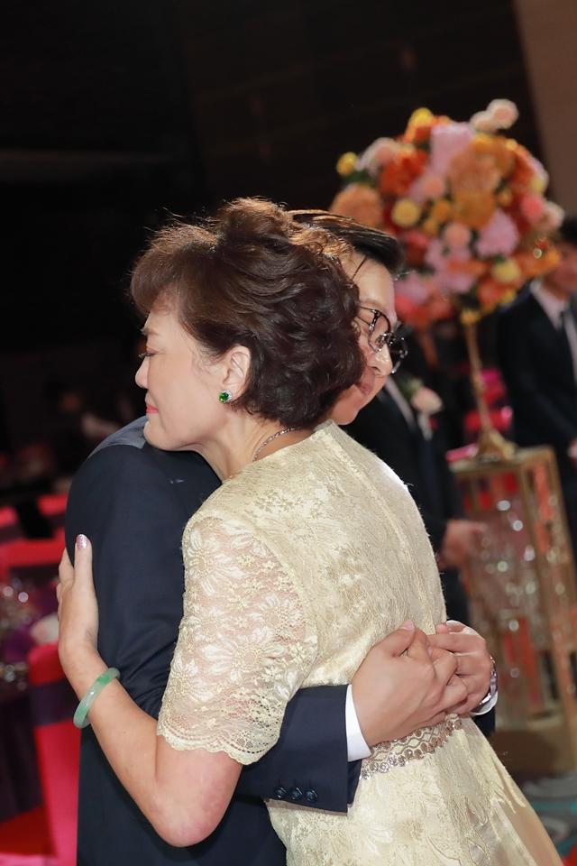 台北婚攝小游@維多麗亞 廷與雯婚禮紀錄 饅頭爸團隊0615_Blog_066.JPG