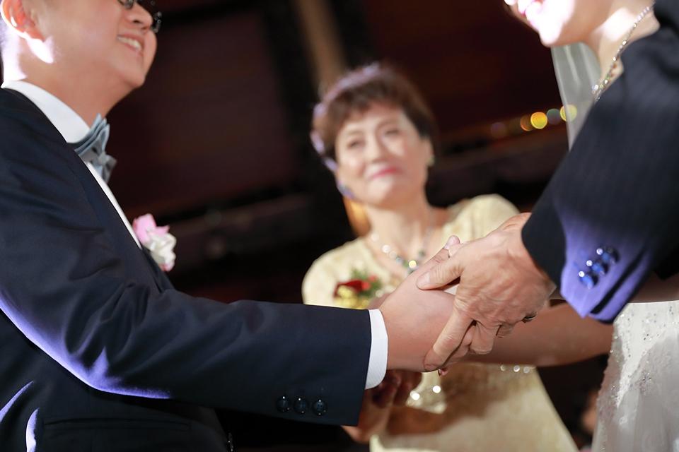 台北婚攝小游@維多麗亞 廷與雯婚禮紀錄 饅頭爸團隊0615_Blog_104.JPG