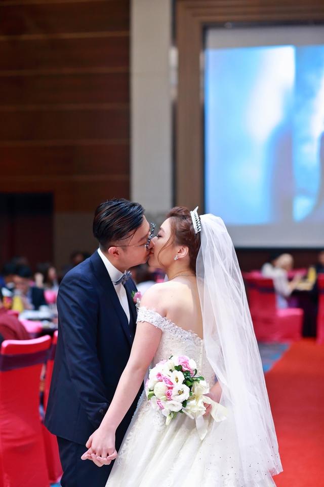台北婚攝小游@維多麗亞 廷與雯婚禮紀錄 饅頭爸團隊0615_Blog_117.JPG