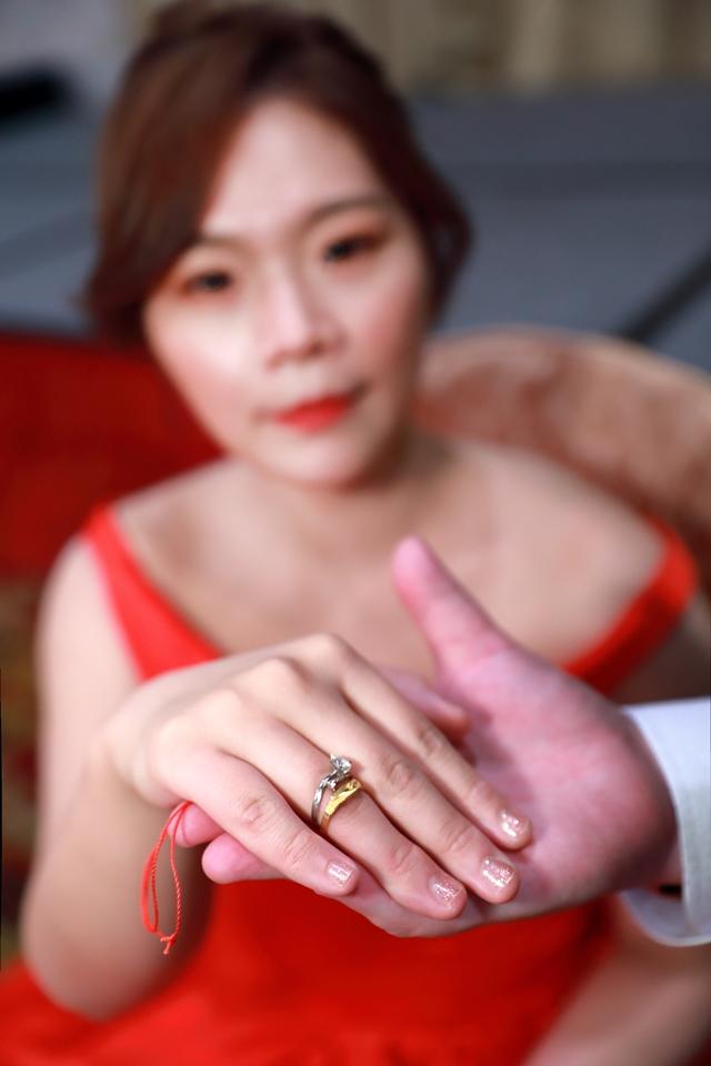 台北婚攝小游@基隆港海產樓 倫與艷婚禮紀錄 饅頭爸團隊0616_Blog_024.JPG